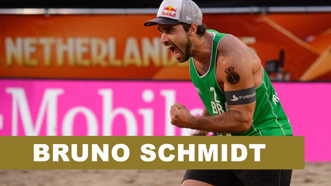 Best of 2015: Super spiker Bruno dazzles on...